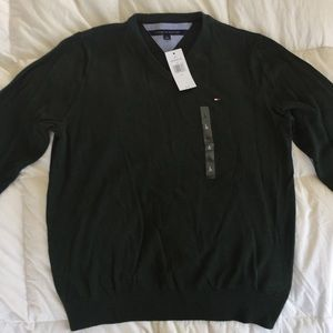 Dark green Tommy Hilfiger V-neck sweater NWT